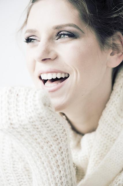 Schöne Zähne – günstiger in Budapest